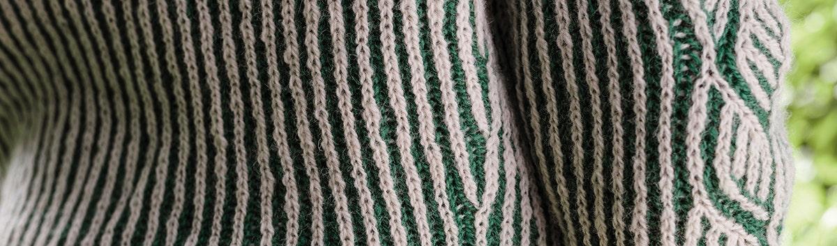 Sticka brioche (eller patentstickning) med två färger