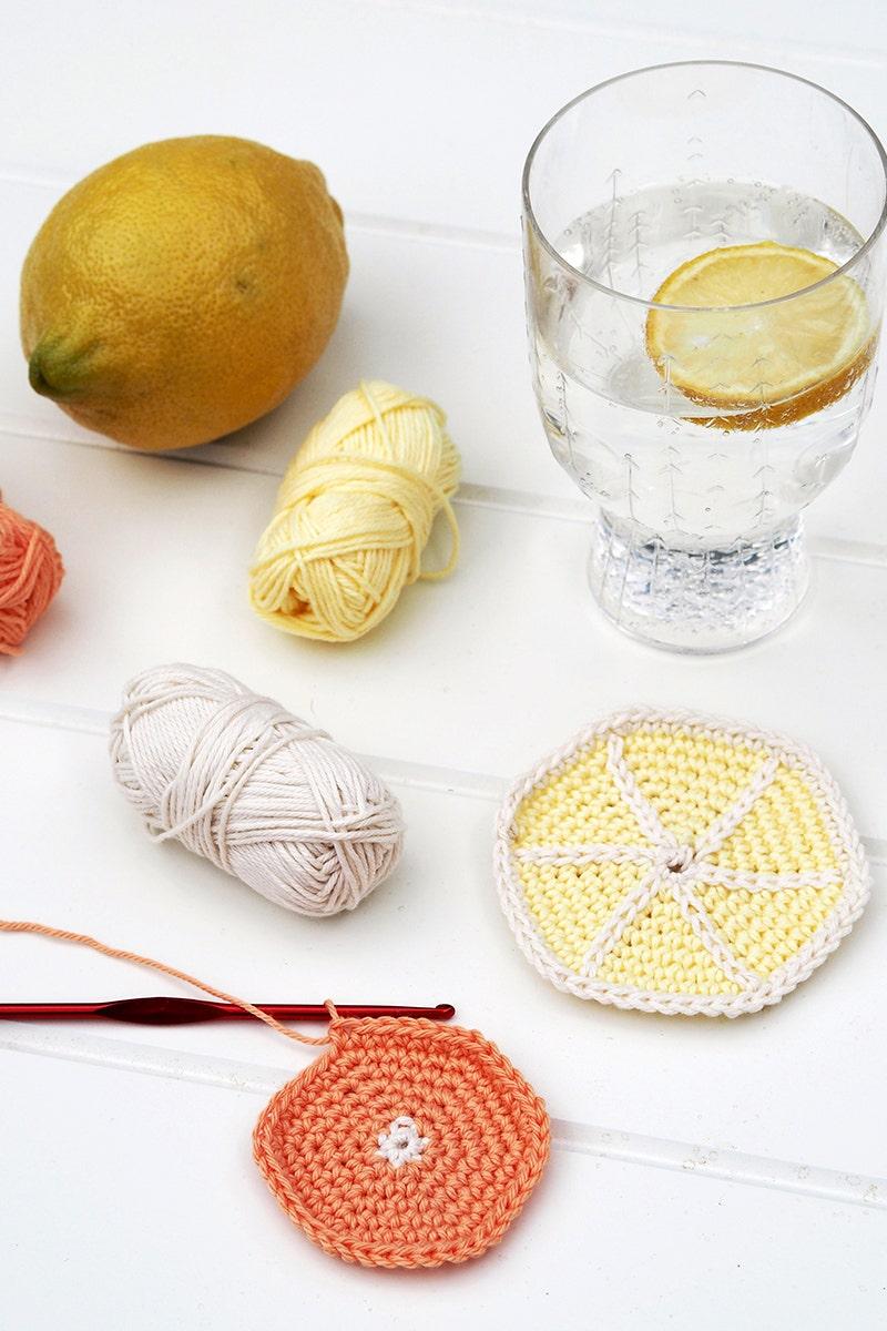 Virka citrusinspirerade glasunderlägg!