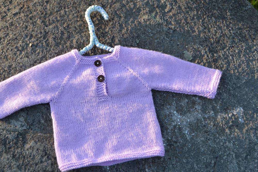 Två trådändars lilla tröja